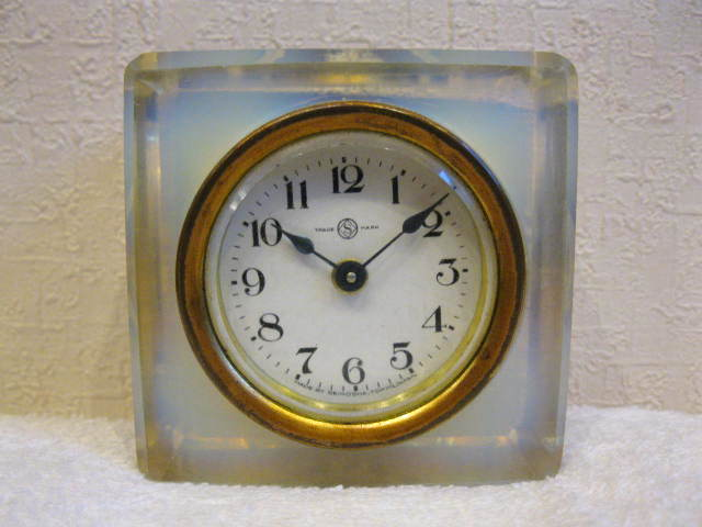 画像1: 精工舎◇ガラス時計◇置時計◇アンティーク◇オパールセント◇四角型