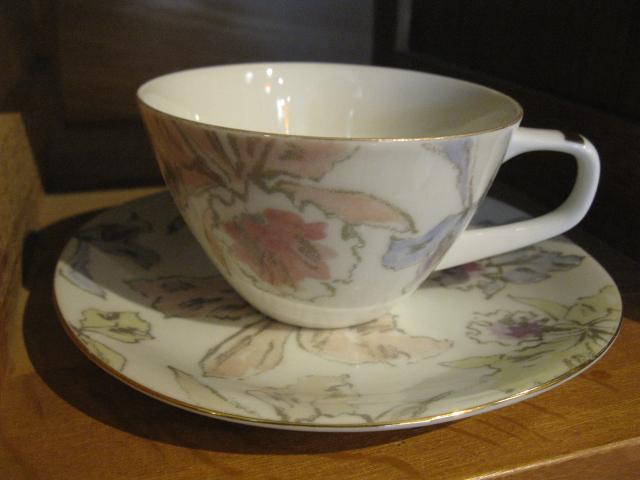 画像1: Narumi◇ナルミ◇カップ&ソーサー◇花柄