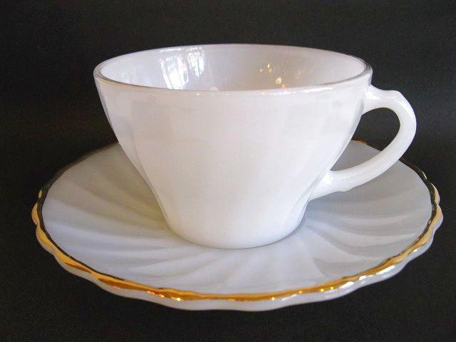 画像1: SUBURBIA◇カップ&ソーサー◇ミルクガラス◇ゴールドライン